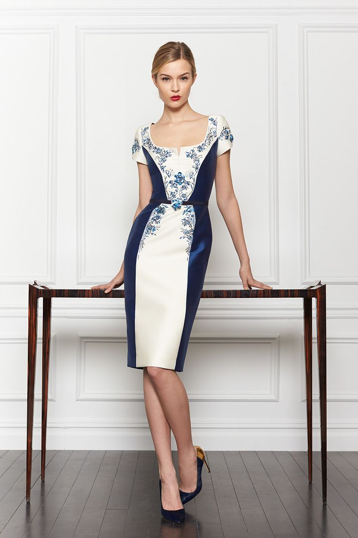 Carolina Herrera Pre-Fall 2013 - Review - Fashion Week - Runway, Fashion Shows and Collections - Vogue - Vogue