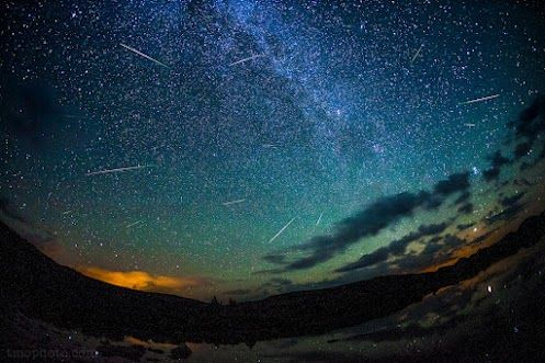 Perseids over Denver, from 14,000 feet by Thomas... - Quarks to Quasars