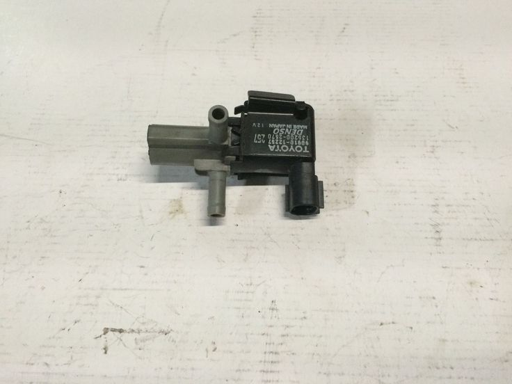 Cool Awesome Jdm Toyota Corolla Verso Vacuum Solenoid Valve 90910-12257 / 136200-2570 2017 2018