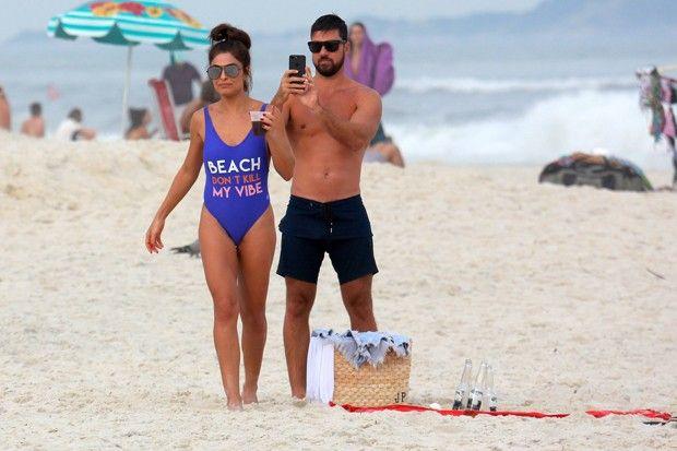 Juliana Paes e o marido Carlos Eduardo Baptista (Foto: AG NEWS)