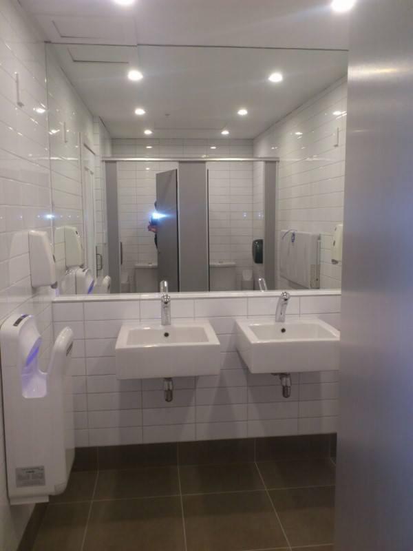 Sinks Ponsonby toilet block
