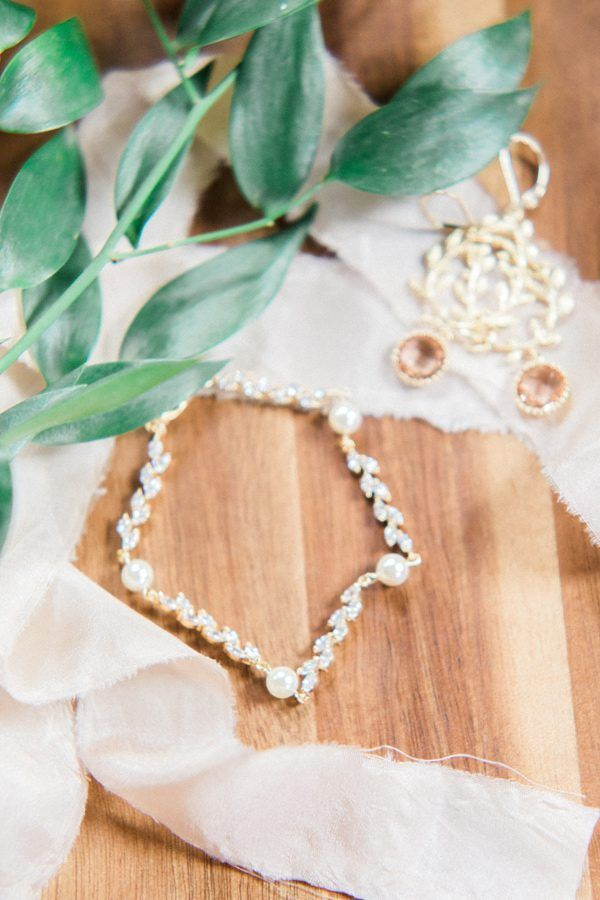 Peach and Copper Wedding Inspiration // Jewelry by J'Adorn Designs // Styling by @LandBevents // photo by Mikaela Marie Photography http://ruffledblog.com/peach-and-copper-wedding-inspiration | Ruffled