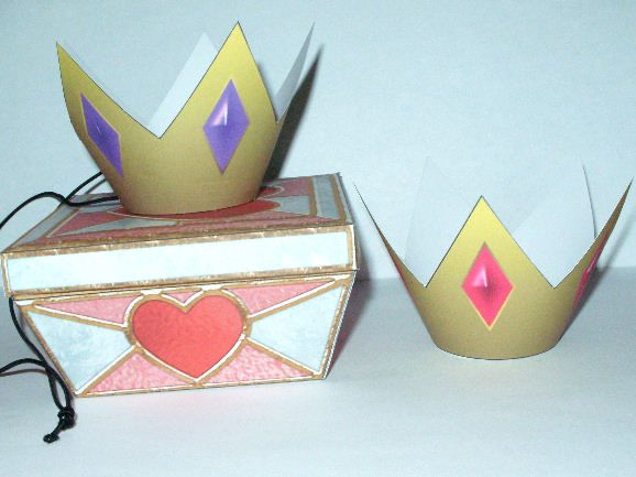 [crown1exam.jpg] link to don't eat the paste mini paper princess crown template great site for lots of crafts to make