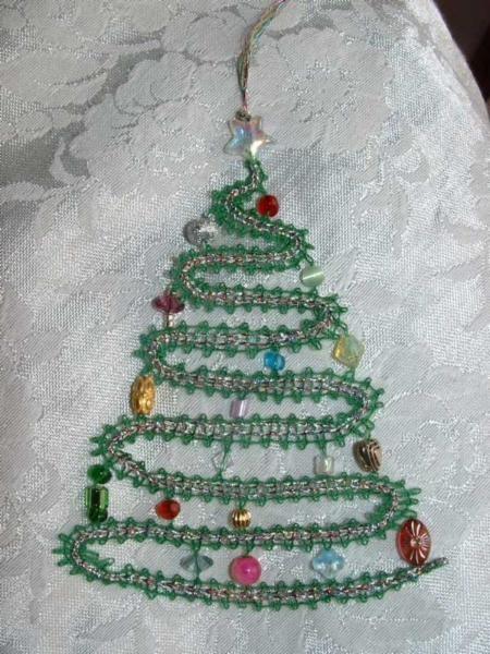 christmas tree with beads