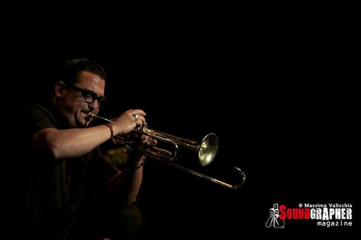 ROY PACI CORLEONE - http://www.soundgrapher.com/photolive-roy-paci-roma-26102013/