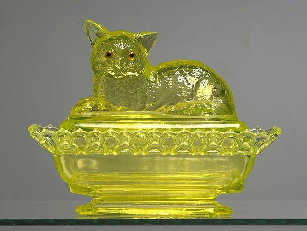 Westmoreland Glass Company   ... RARE SIGNED WESTMORELAND GLASS CO. VASELINE GLASS `CAT ON LACY BASE