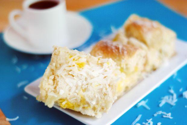 'Ohana Breakfast Bread with Coconut and Pineapple  www.bluebonnetsandbrownies.com