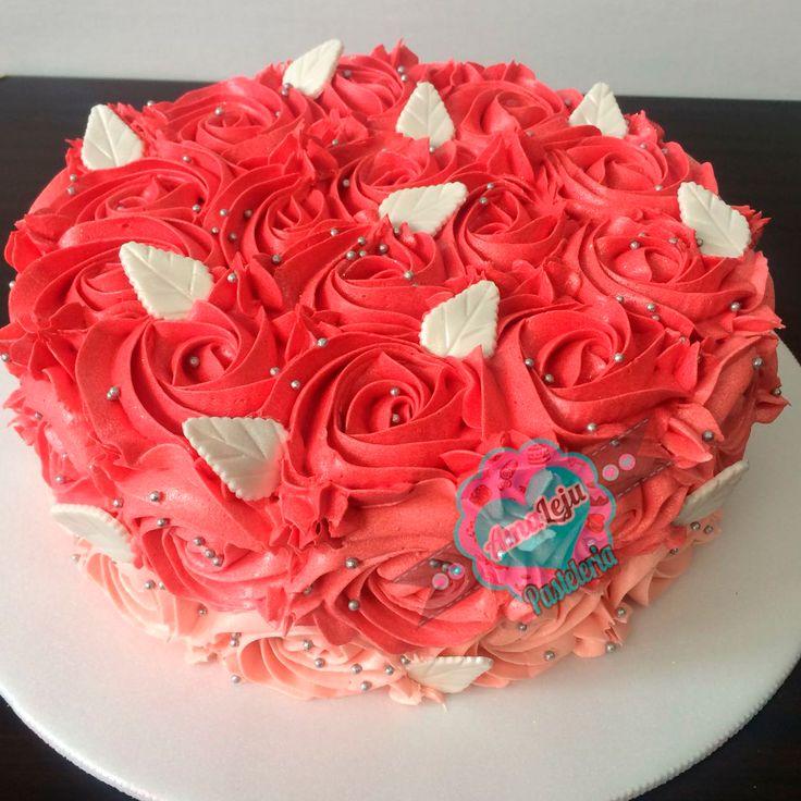 Torta Rosas Realiza tu pedido por; https://goo.gl/mvYBYv WhatsApp: 3058556189, fijo 8374484  correo info@amaleju.com.co Síguenos en Twitter: @amaleju / Instagram: AmaLeju #torta #cake #rosas