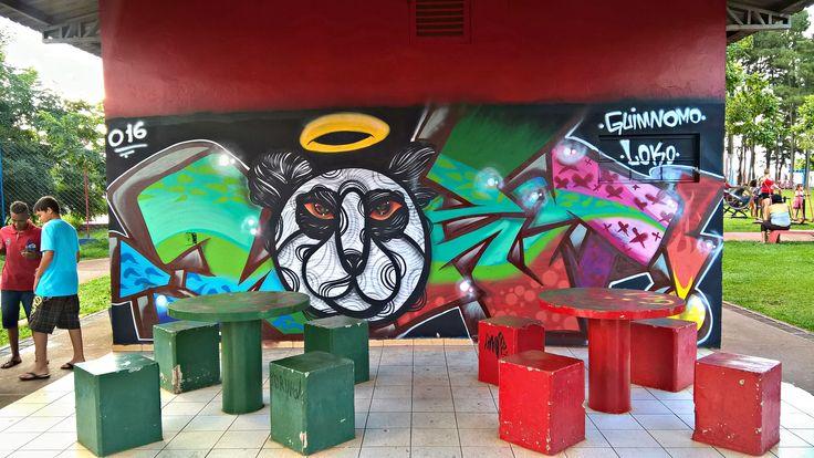 Graffiti realizado no evento Ocupa Ação Cultural no Pinheirinho em São José do Rio Preto - SP  Artistas : Guimnomo e Loko .