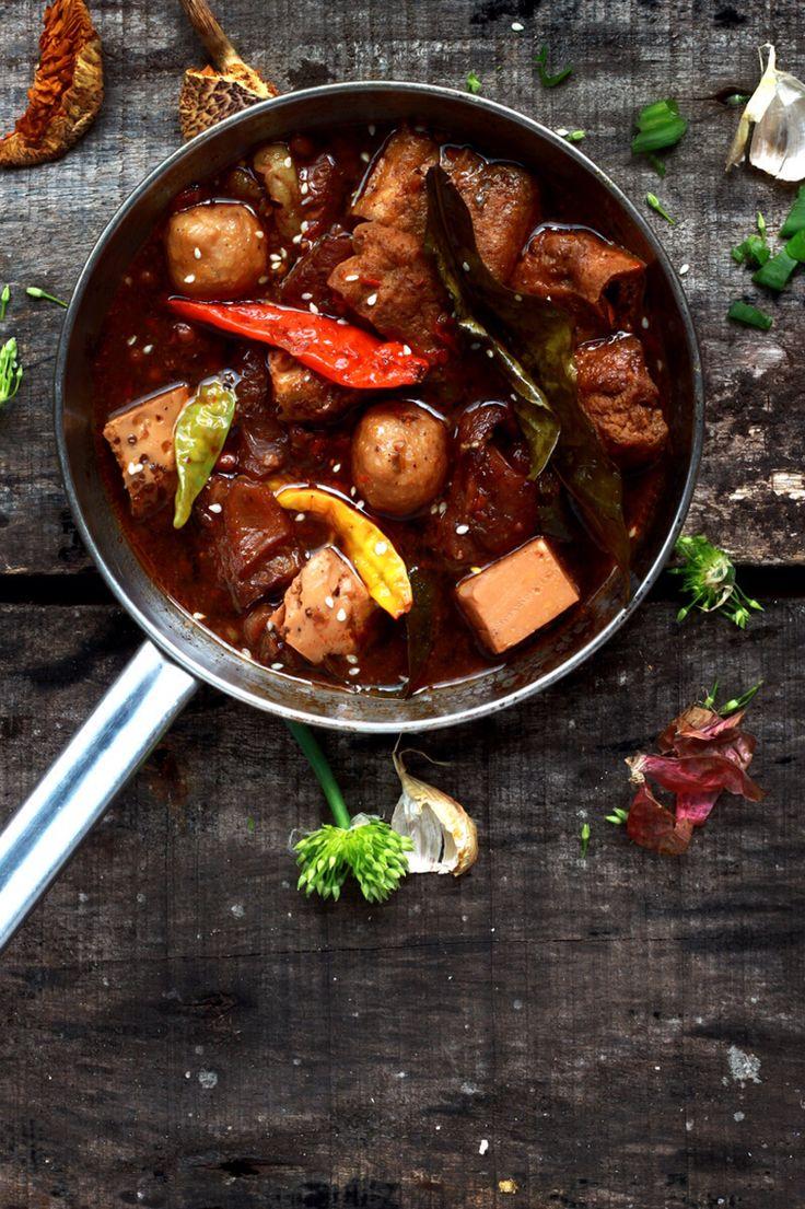 Brongkos khas indonesia, (makanan indonesia banget) by Good Food Photography