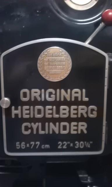 Original Heidelberg, tecnología de impresión alemana que cuidamos con mimo en Tipolínea para que conviva con las máquinas de tecnología digital