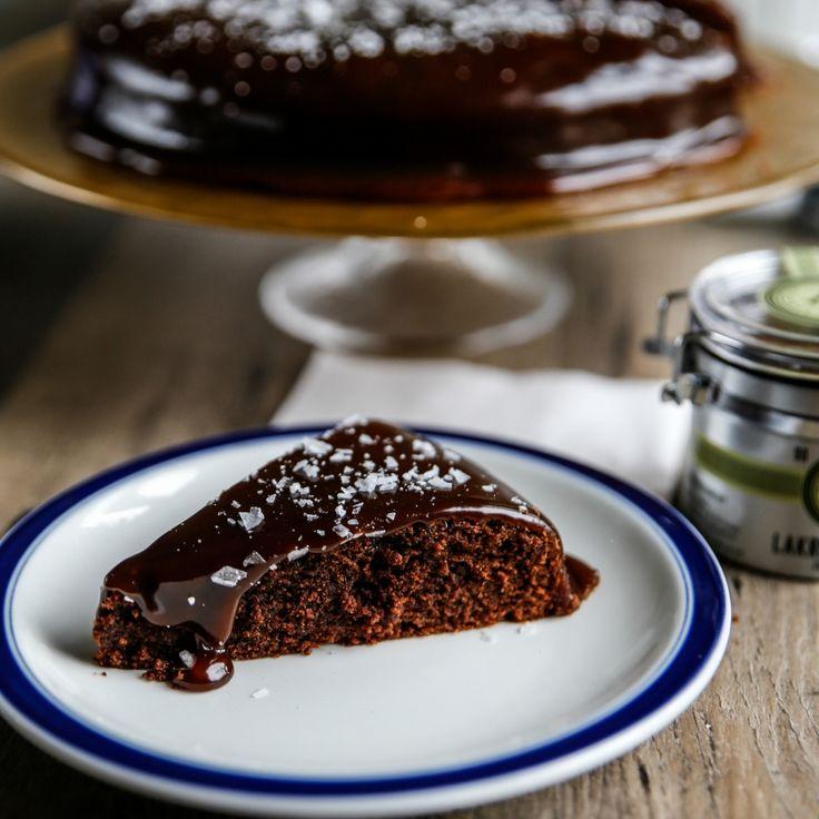Kan det bli godare – kladdkaka med lakrits. Enkelt och supergott!Receptet är framtaget avHaupt Lakrits, en svensk tillverkare med inriktning på lakrits med hög kvalité.