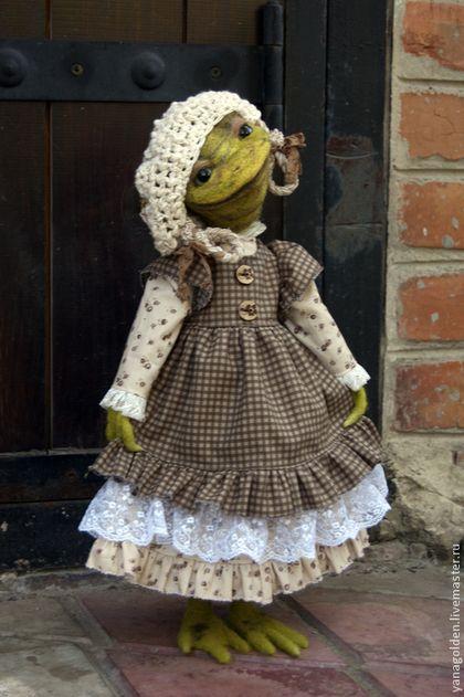 Игрушка.Лягушка Сьюзи. - тёмно-зелёный,лягушка игрушка,лягушка,подарок женщине