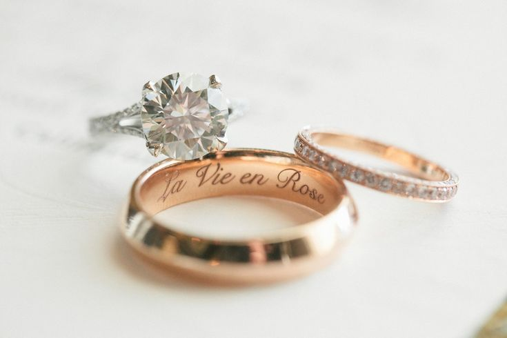 Find the perfect wedding band to match your engagement ring: http://www.stylemepretty.com/2015/12/08/find-perfect-wedding-engagement-ring/