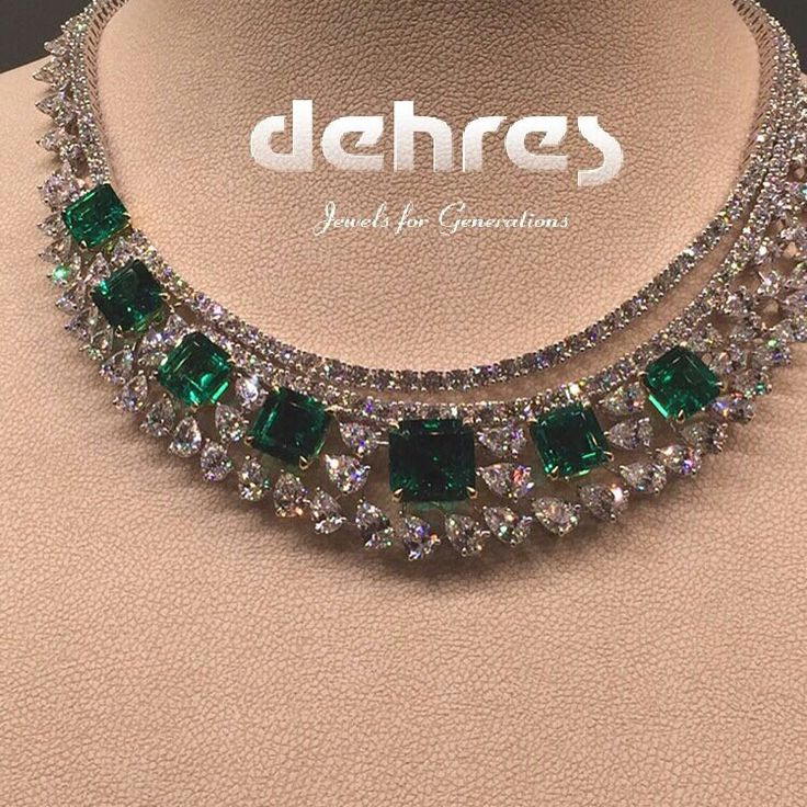 Dehres_thai Had to repost our beautiful necklace consisting of Fine Colombian Emeralds.