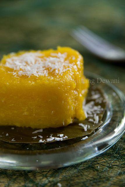 Indonesian Steamed Pumpkin Kue