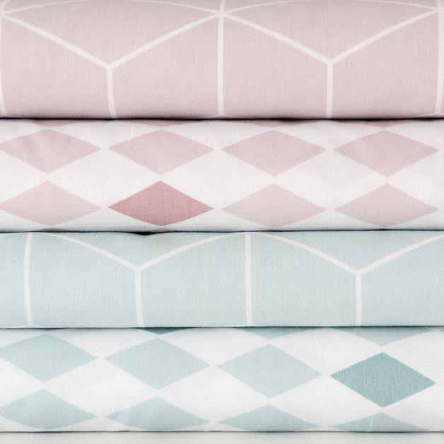 Stoff grafische Muster - Baumwolle Würfel altrosa weiß geometrisches Muster - ein Designerstück von kleineWolke-stoffe bei DaWanda