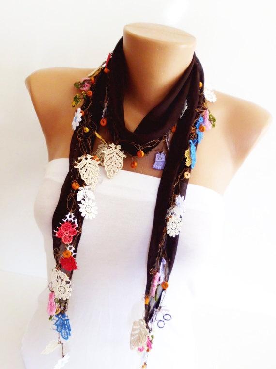 Cotton scarf with handmade Turkish crochet oya