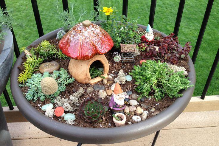 Gnome In Garden: Fairy Garden / Gnome Garden For Kids