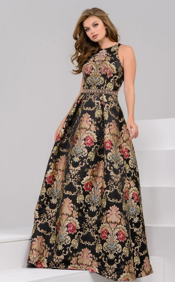 57 Best Luxury Evening Dresses Images On Pinterest Groom Attire