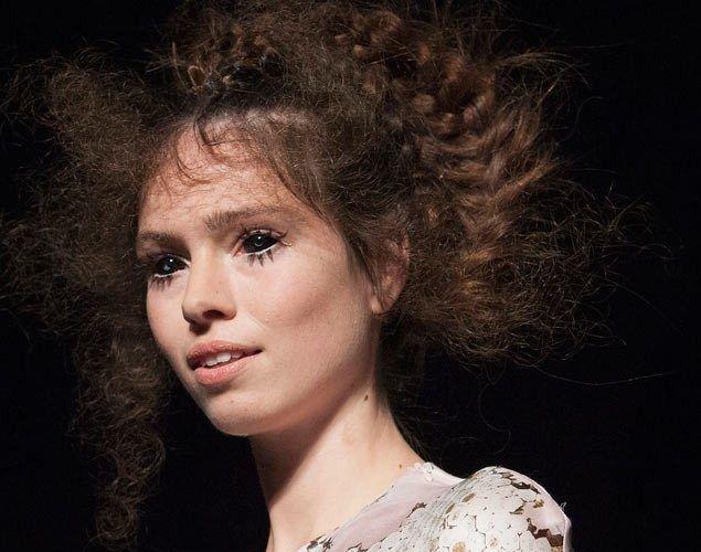 #örgü #saçörgüsü #örgümodelleri #saçörgümodeli #moda #fashion #kadın #güzellik #makyaj #kadınca #kirpik #saçmodelleri #trendler