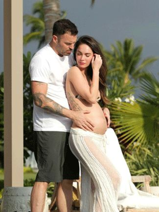 Megan Fox debuts her baby bump! www.thebump.com