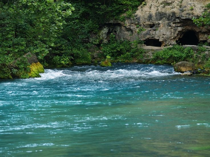 Big Spring, Missouri    I still remember, as a small child, visiting Big Spring with my folks.  I can still picture it in my mind.  It was breathtakingly beautiful and so blue.