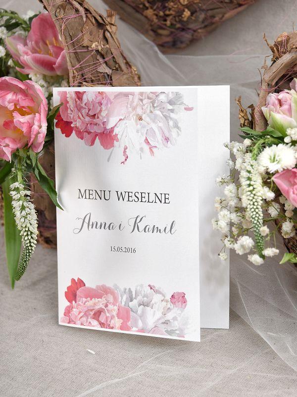 Menuz peoniami #decorisus #decoris #peony #peonywedding #peonie #roz #pinkwedding #weddingflowers #winietki #tableplan #bridetobe #weddinginvitations #zaproszenia #zaproszeniaslubne #zaproszenianaslub #slubnezaproszenia #menu
