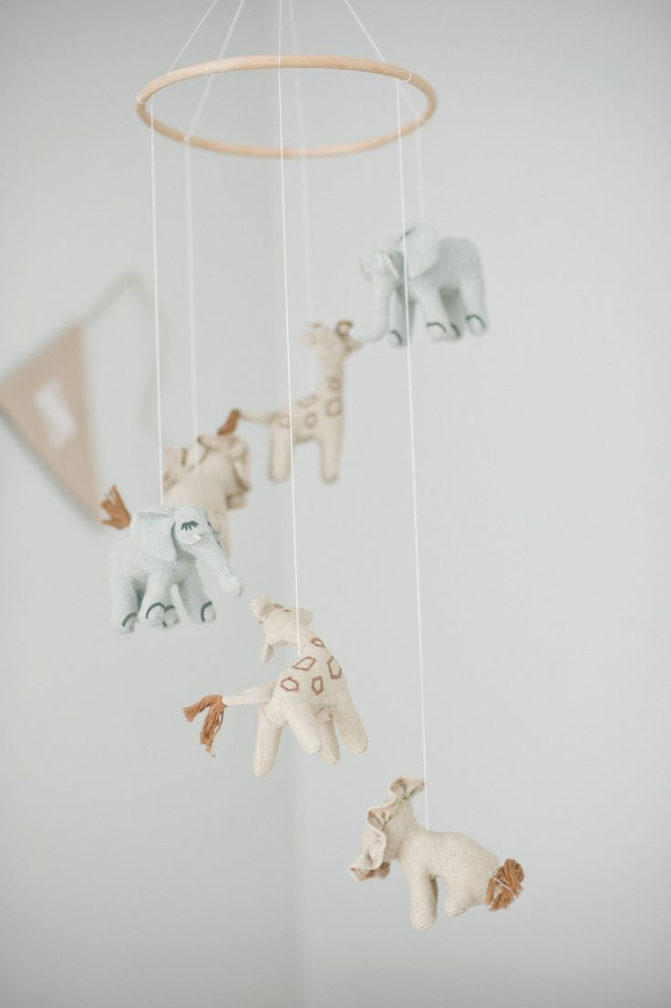 54 best baby shower gifts images on pinterest child room for Animal themed bathroom decor