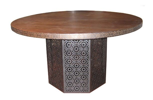 Table with Carving Brass Ref 1