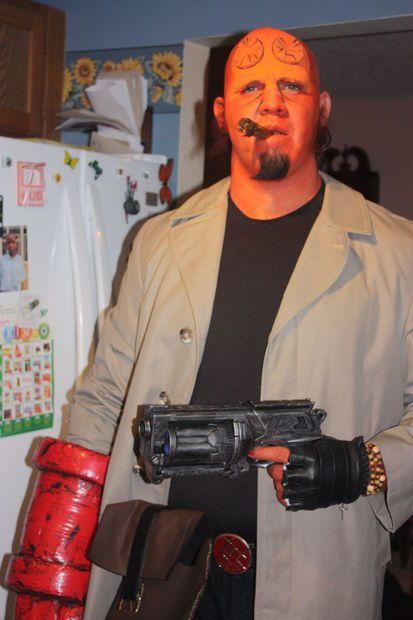 http://www.instructables.com/id/DIY-Hellboy-Costume/