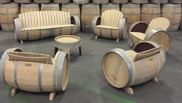 Wine Barrel Furniture by Balk en Plank – upcycleDZINE