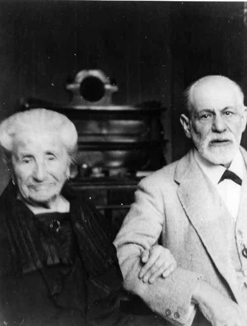 Where it all began: Sigmund Freud + his mother Amalia, 1926