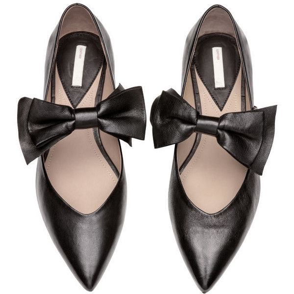 Flats $59.99 (225 RON) ❤ liked on Polyvore featuring shoes, flats, black strappy flats, black flat shoes, leather flats, pointed toe flats and bow flats