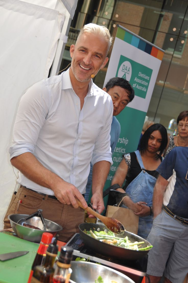 Dr Andrew Rochford at Pitt Street Mall event