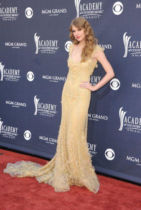 Taylor Swift - 46th Annual ACM Awards 2011 - Las Vegas, Nevada - April 03, 2011.