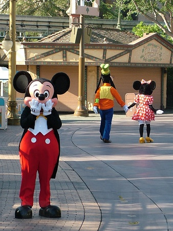 What funny things do you say to the characters? - PassPorter Community - Boards & Forums on Walt Disney World, Disneyland, Disney Cruise Line, and General Travel