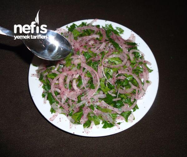 Adana Usulü Nefis Kebapçı Soğan Salatası