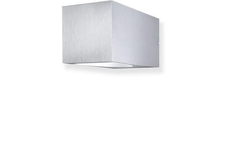 Location:Interior & Exterior Light source:LED 2x1W, 2x 160 Lumen Colour temperature:Warm White 3000K Mounting type:External Control gear:Integral Dimensions:120L x 58W x 58H