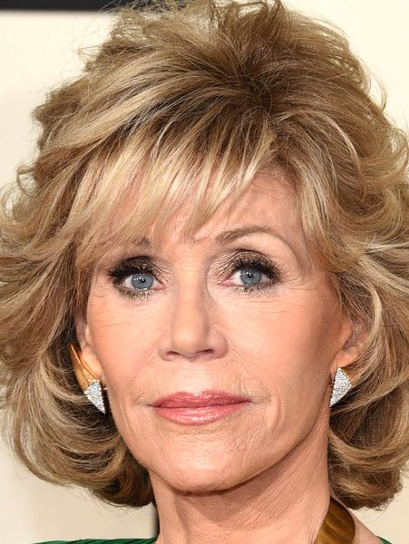 More Pics Of Jane Fonda Curled Out Bob In 2019 Hair