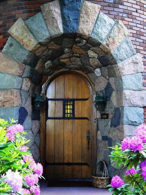 Really nice stone arch/front door...