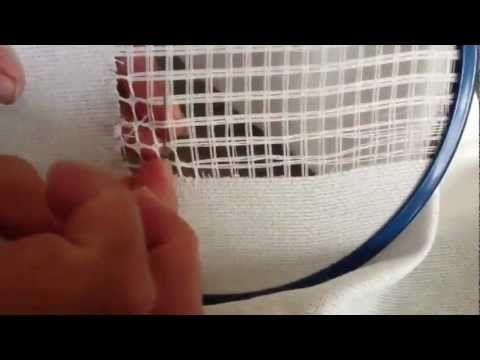 Play youtube video: Centro de mesa deshilado