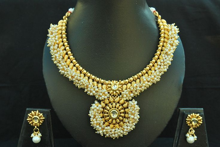 Dazzle this wedding season with Reeti Fashions – Designer Beautiful Kundan Pearl Copper Necklace set. This copper jewellery studded with pearl comes with kundan stones is perfect for any of...