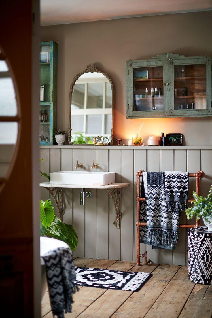 Casablanca Towel Collection in 2020 | Eclectic bathroom ...