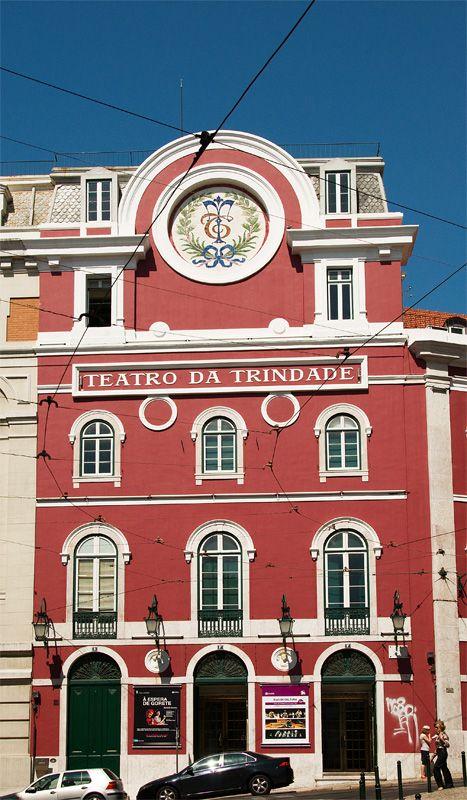 """Theatre ofr the Trindade - Lisbon, Teatro lindíssimo. A 1ª vez que lá fui assistir a uma peça, tinha 17 anos e fui com amigas. A peça intitulava-se """"A mulher do campo""""."""