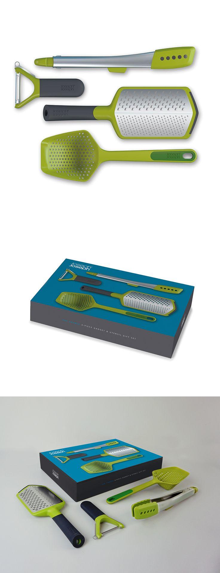 Dárková sada kuchyňských nástrojů.  Dárkové balení čtyř užitečných kuchyňských pomocníků: cedníková lžíce, struhadlo, škrabka a kleště / dárková krabice