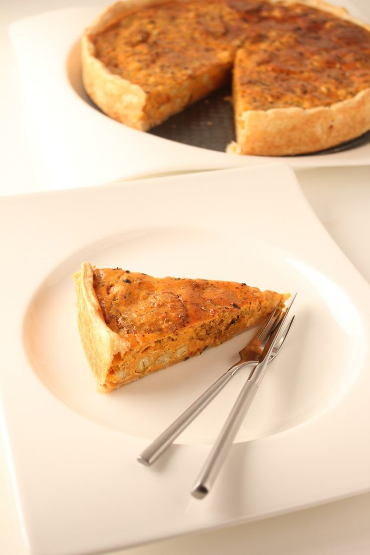Quiche van Hoemoes, zongedroogde tomaten  Hot 'n Spicy Falafel