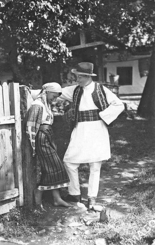 Foto realizata in anii 1900 de Adolph Chevallier