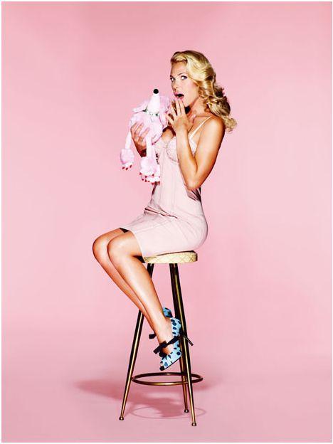 Protagonista di una copertina d'eccezione #IlaryBlasi per #VanityFair @StudioDaylight #pinup #pinupgirlart #vintagestyle #fashion #burlesque #brandmodel #brand #model #promomodel #lifestyle #sweet #puppet #vintage #italiangirl
