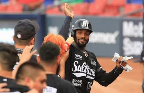 Monterrey, N.L.- Moisés Gutiérrez prendió el lanzamiento de Héctor Navarro en el fondo de la novena entrada para que Sultanes de Monterrey s...